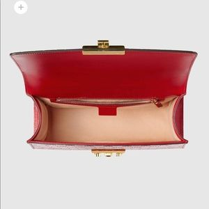 f4e3049d917075 Gucci Bags | Unused Medium Padlock Signature Bag | Poshmark